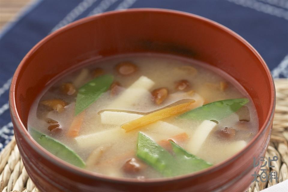 高野豆腐・なめこのみそ汁(なめこ+にんじんを使ったレシピ)