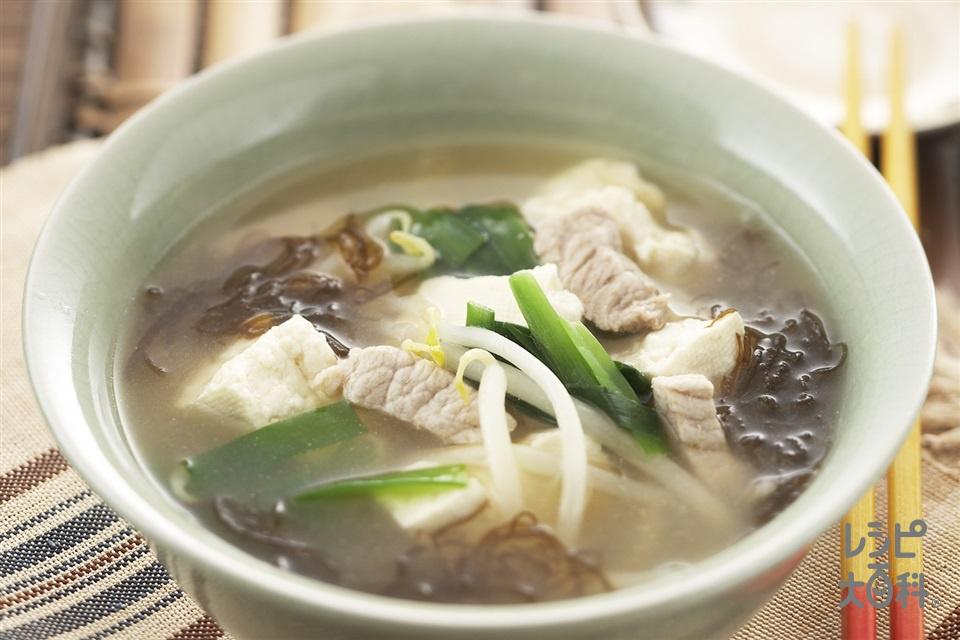 沖縄のみそ汁(木綿豆腐+もやしを使ったレシピ)