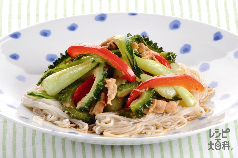 炒め野菜のっけそうめん(そうめん+チンゲン菜を使ったレシピ)