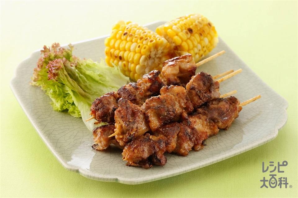 鶏肉のエスニック風串焼き(鶏もも肉+とうもろこしを使ったレシピ)