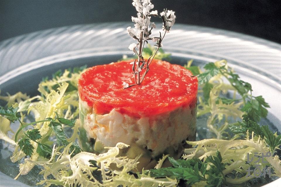 トマト、かに、アボカドのミルフィーユ仕立て(かにの身+アボカドを使ったレシピ)