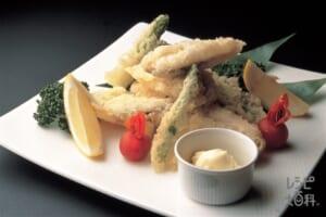 魚と野菜のレース揚げ