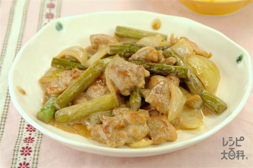 鶏肉とグリーンアスパラの黒酢マヨ炒め