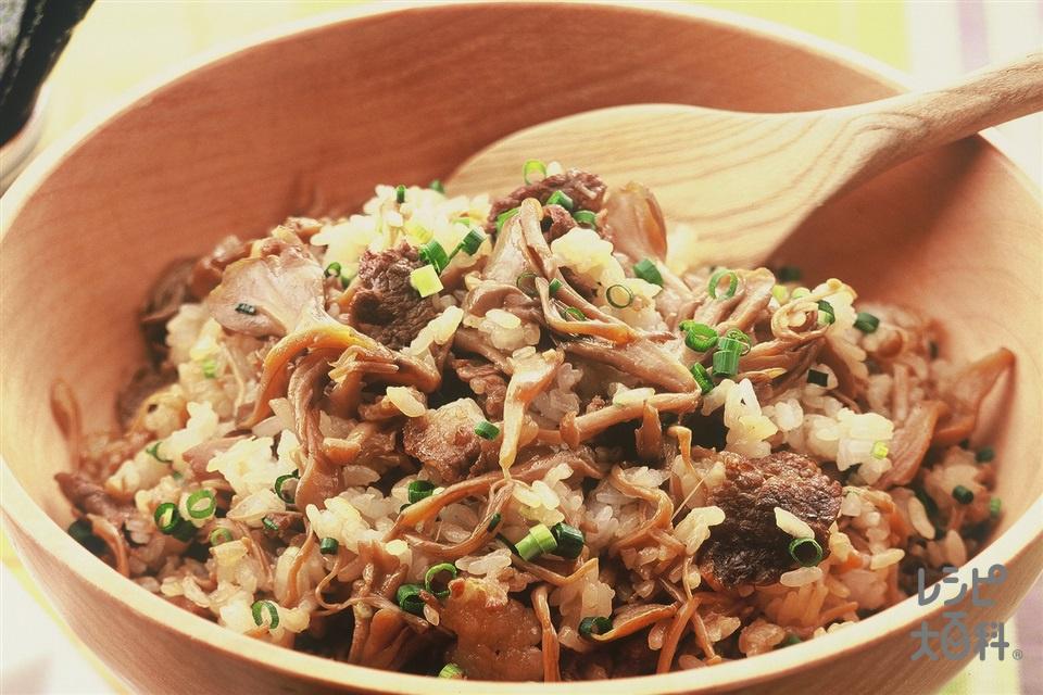 牛肉ときのこの混ぜご飯(炊きたてご飯+まいたけを使ったレシピ)
