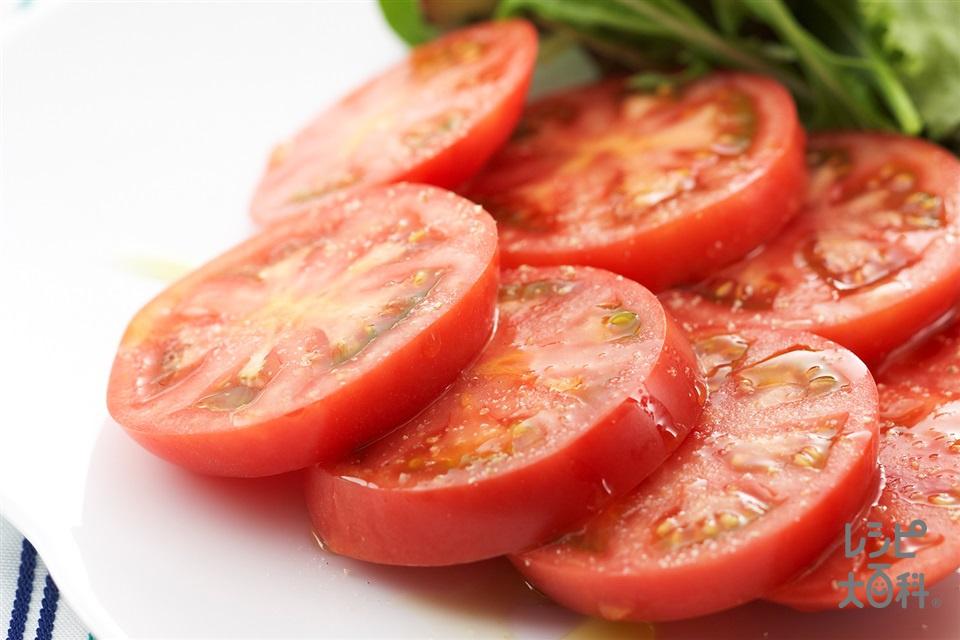 トマトのシンプルサラダ(トマト+ベビーリーフを使ったレシピ)