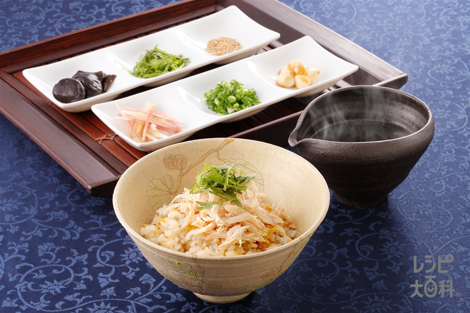 鶏飯(けいはん)(鶏ひき肉+ご飯を使ったレシピ