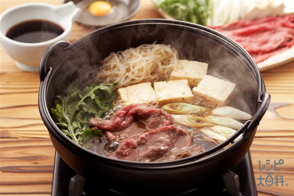 牛鍋(牛ももすき焼き用肉+焼き豆腐を使ったレシピ)