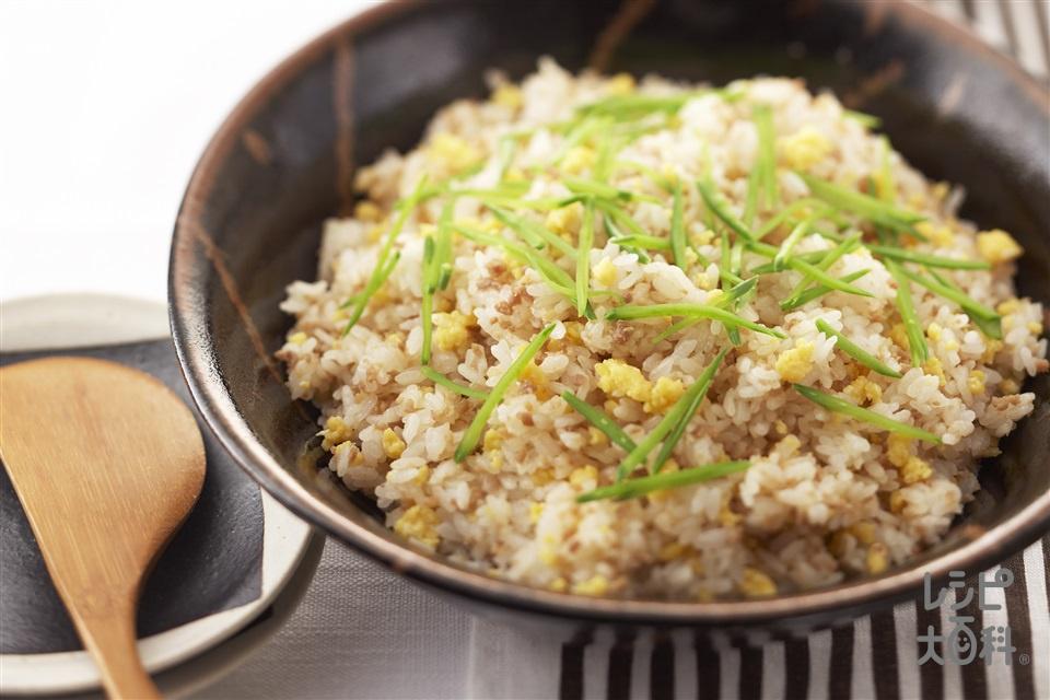 そぼろと卵のちらしずし(米+鶏ひき肉を使ったレシピ)