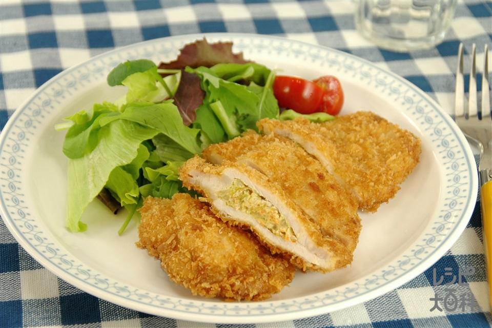 豚肉のサラダサンド揚げ (豚しょうが焼き用肉+キャベツを使ったレシピ)