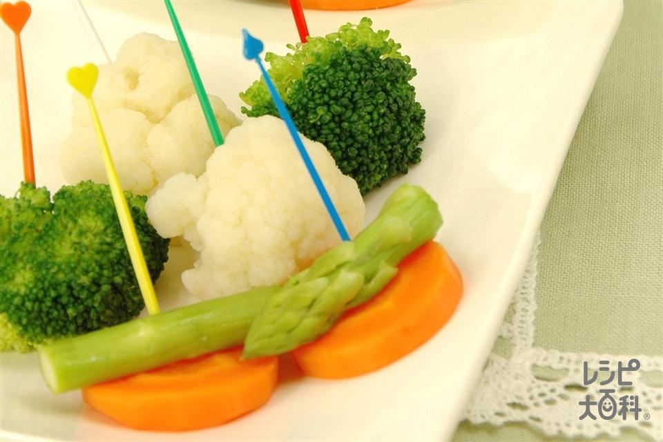 彩り野菜のピンチョス2種の「コクうま」ソース(ブロッコリー+カリフラワーを使ったレシピ)