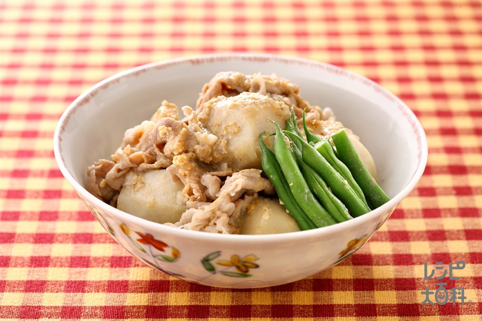 里いもと豚肉のごまみそ煮(里いも+豚肩ロース薄切り肉を使ったレシピ)