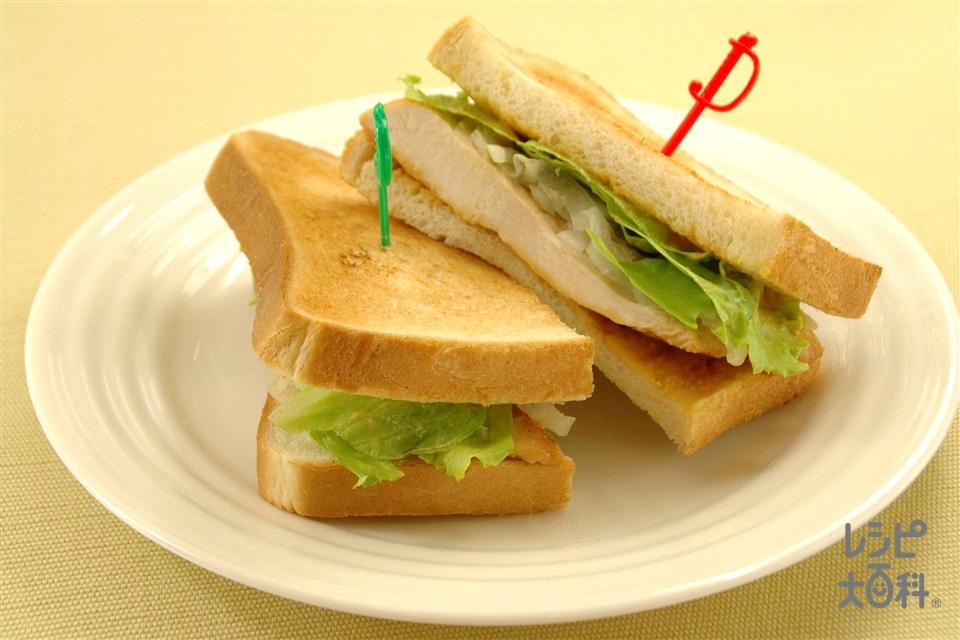 チキンのピーナッツマヨサンド(食パン8枚切り+鶏むね肉を使ったレシピ)