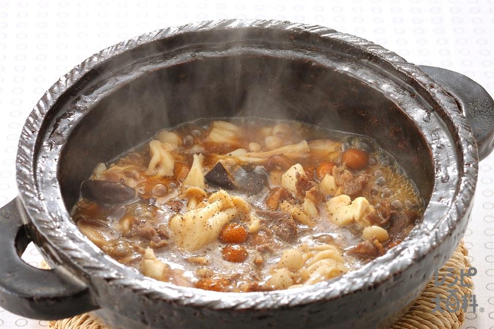 牛肉ときのこのチゲ(なめこ(ゆで)+牛切り落とし肉を使ったレシピ)