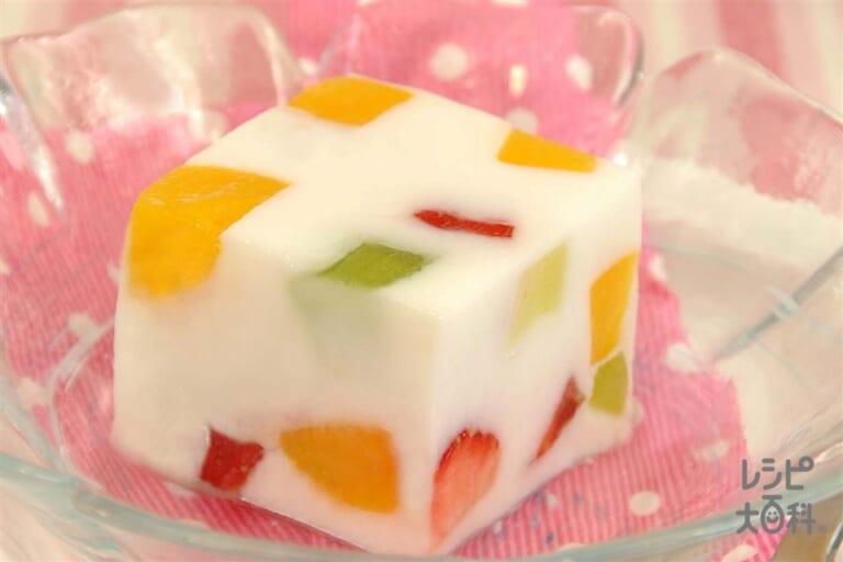 ぷるぷるフルーツ牛乳かん