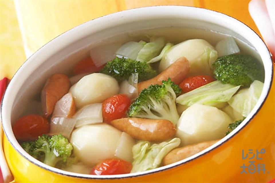 ざくざく野菜のカラフルスープ(じゃがいも+キャベツを使ったレシピ)