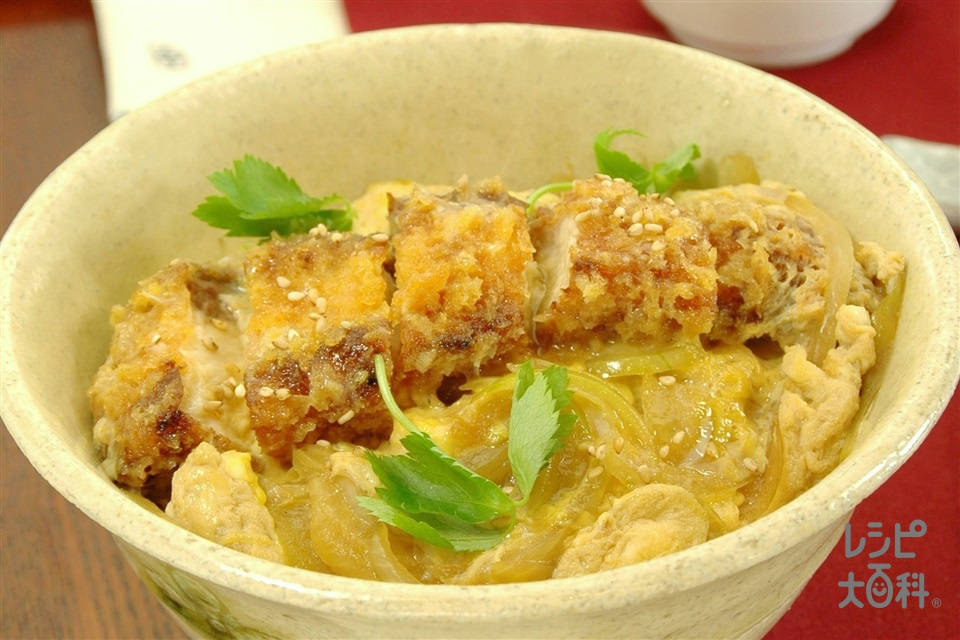 ぶりカツ丼(ぶり(切り身)+ご飯を使ったレシピ)