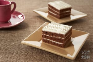 ココアスポンジケーキ(卵+生クリームを使ったレシピ)