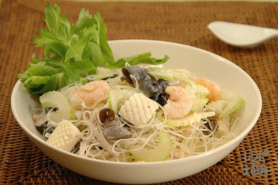 タイ風春雨サラダ(いか(胴)+紫玉ねぎを使ったレシピ)