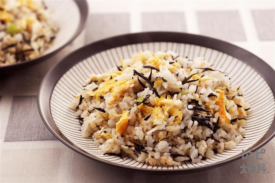 ひじきの和風チャーハン(ご飯+卵を使ったレシピ)