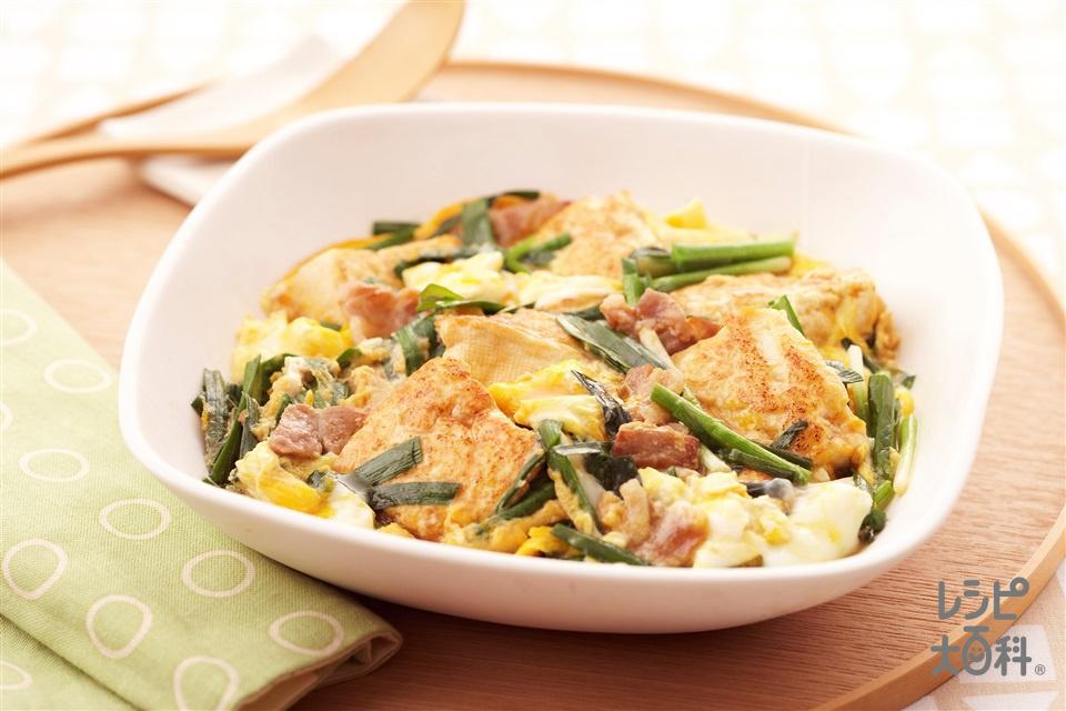 にら肉豆腐のスタミナ卵とじ(木綿豆腐+豚バラ薄切り肉を使ったレシピ)