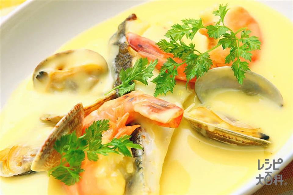 魚介のコーンクリーム煮(白身魚(切り身)+えびを使ったレシピ)