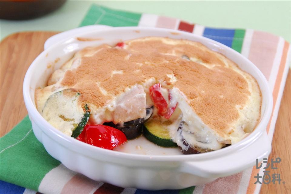 彩り野菜のスフレ(鶏ささ身+ズッキーニを使ったレシピ)
