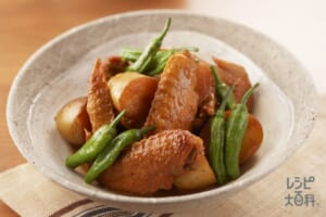 鶏手羽とじゃがいもの含め煮