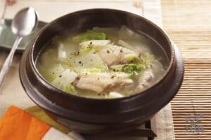 白菜と手羽先のスープ