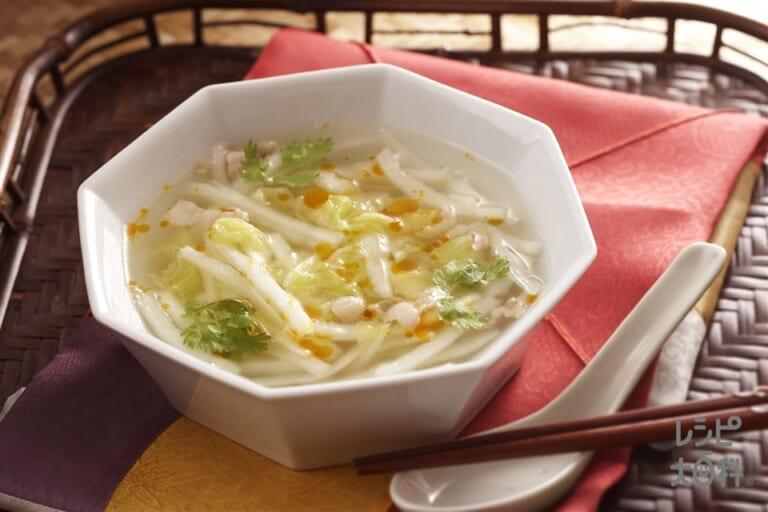 塩もみ白菜と豚肉のピリ辛スープ
