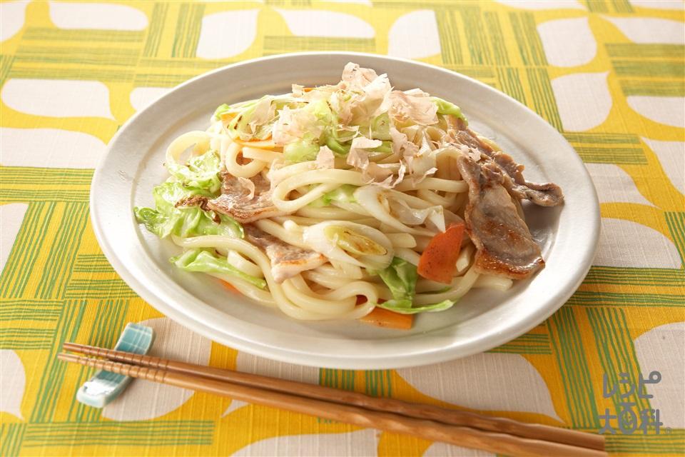 青春焼きうどん(ゆでうどん+豚もも薄切り肉を使ったレシピ)