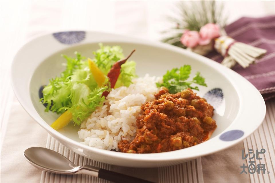 豆入りキーマカレー(玉ねぎのみじん切り+温かいご飯を使ったレシピ)