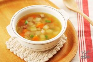 ミネストローネ風コロコロ野菜のコンソメスープ