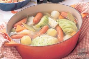 野菜たっぷり洋風スープ鍋