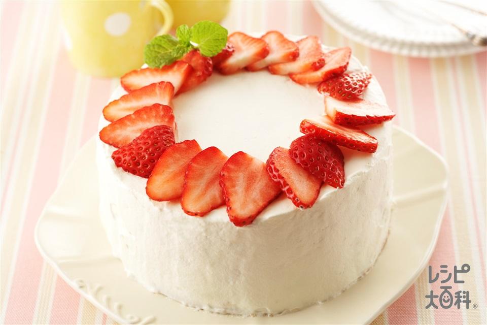 いちごのデコレーションケーキ(卵+ふるった小麦粉を使ったレシピ)