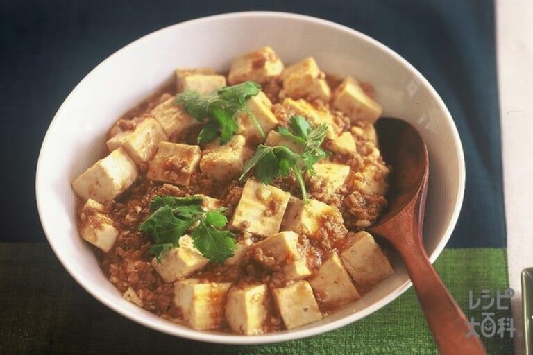 麻婆豆腐がメインの献立