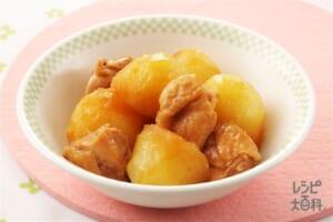 鶏肉とじゃがいもの煮物