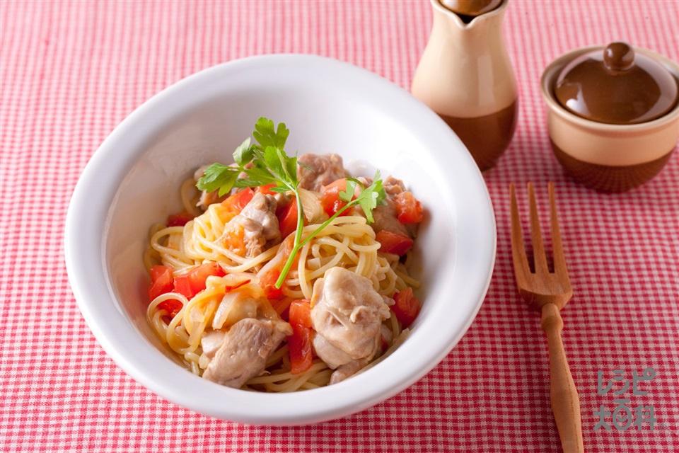 コンソメ醤油のパスタ(スパゲッティ+鶏もも肉を使ったレシピ)