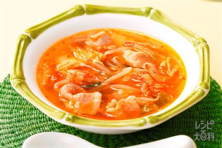 暑さよ吹っ飛べ豚キムスープ