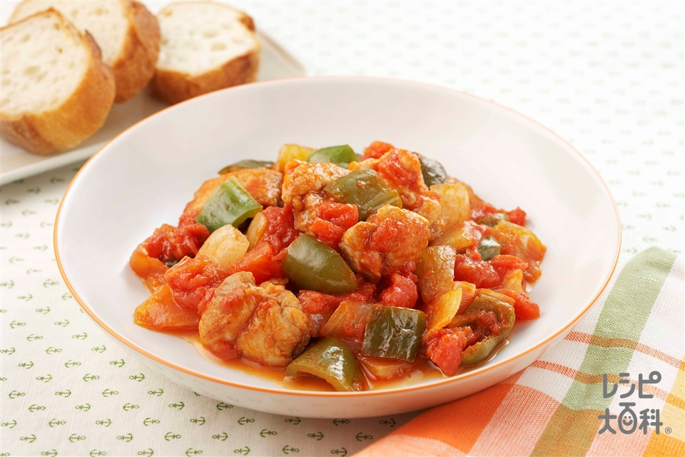 鶏肉入りラタトゥイユ(鶏もも肉+カットトマト缶を使ったレシピ)