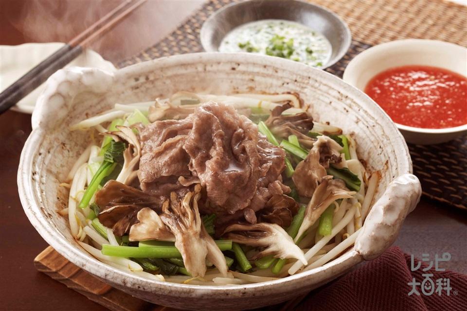 牛肉とまいたけの蒸し小鍋(牛薄切り肉+もやしを使ったレシピ)