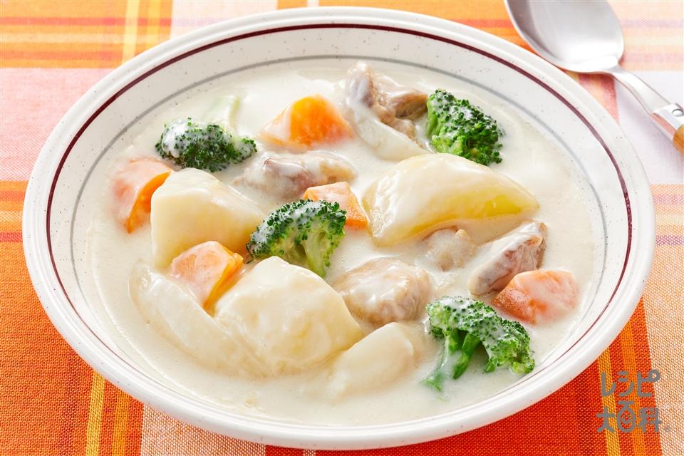 チキンクリームシチュー(鶏もも肉+「瀬戸のほんじお」を使ったレシピ)