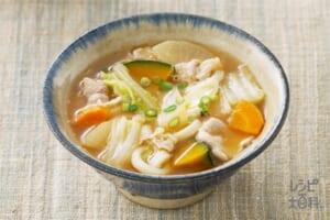 白菜と豚肉のほうとう風スープ