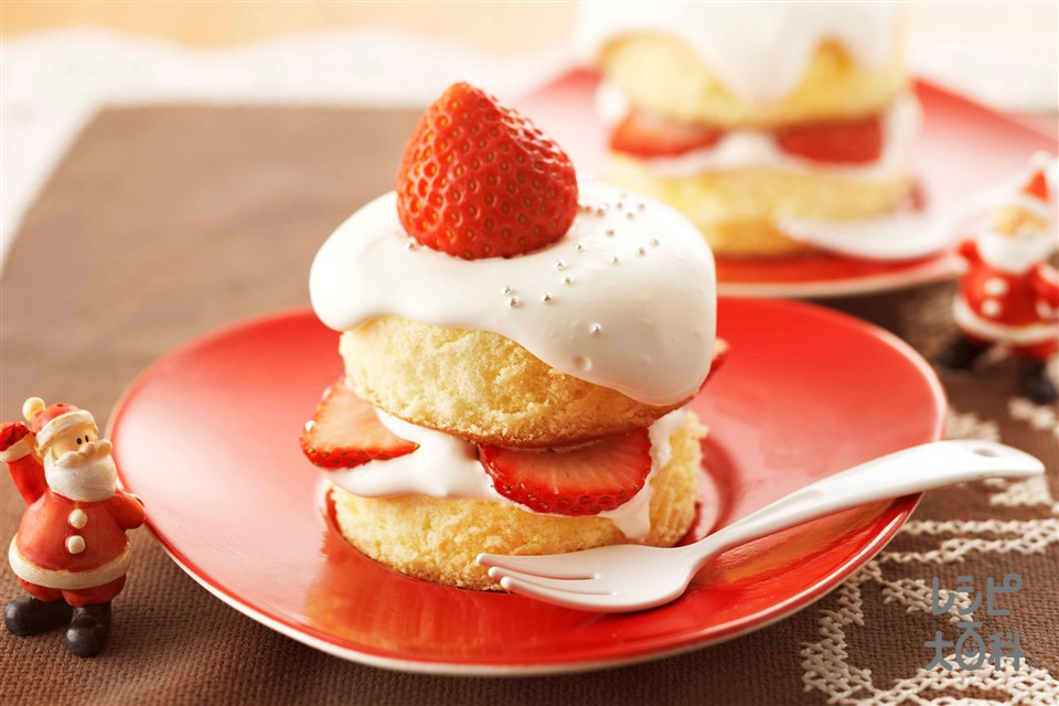 キャンドルケーキ(生クリーム+いちごを使ったレシピ)