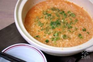 鍋の〆 ピリ辛味噌の中華風雑炊