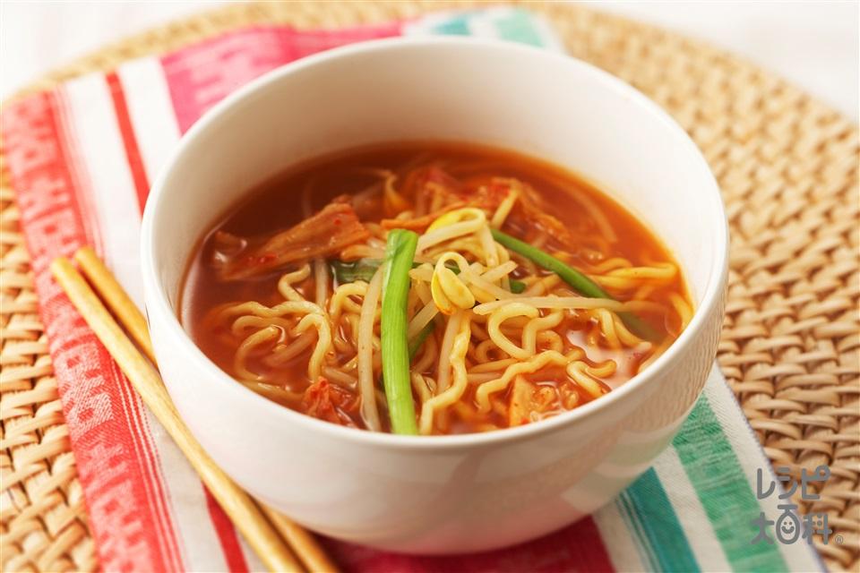 シメラーメン(中華めん+「丸鶏がらスープ」を使ったレシピ)