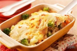ブロッコリーと卵のグラタン