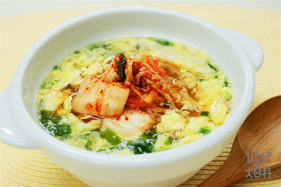 ピリ辛玉子雑煮(切り餅+キムチを使ったレシピ)