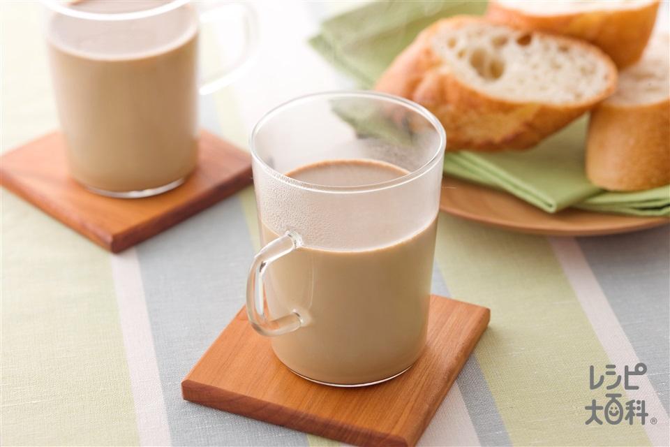 豆乳ラテ(豆乳(無調整)+インスタントコーヒーを使ったレシピ)