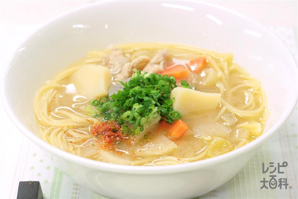 とん汁パスタ~あのサッカー日本代表選手が試合前に食べる勝負めし~(スパゲッティ+湯を使ったレシピ)
