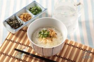 冷やし鶏だし茶漬け(ご飯+ザーサイを使ったレシピ)